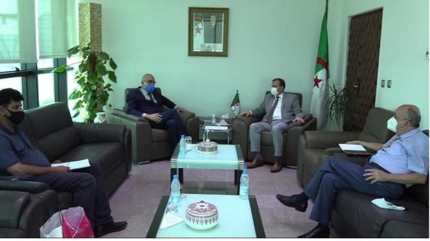 Le Ministre du Commerce, Mr Kamel Rezig a reçu ce mercredi 24 Juin 2020  Le Secrétaire Général du Haut Commissariat à l'Amazighité, Mr Si El Hachemi Assad.
